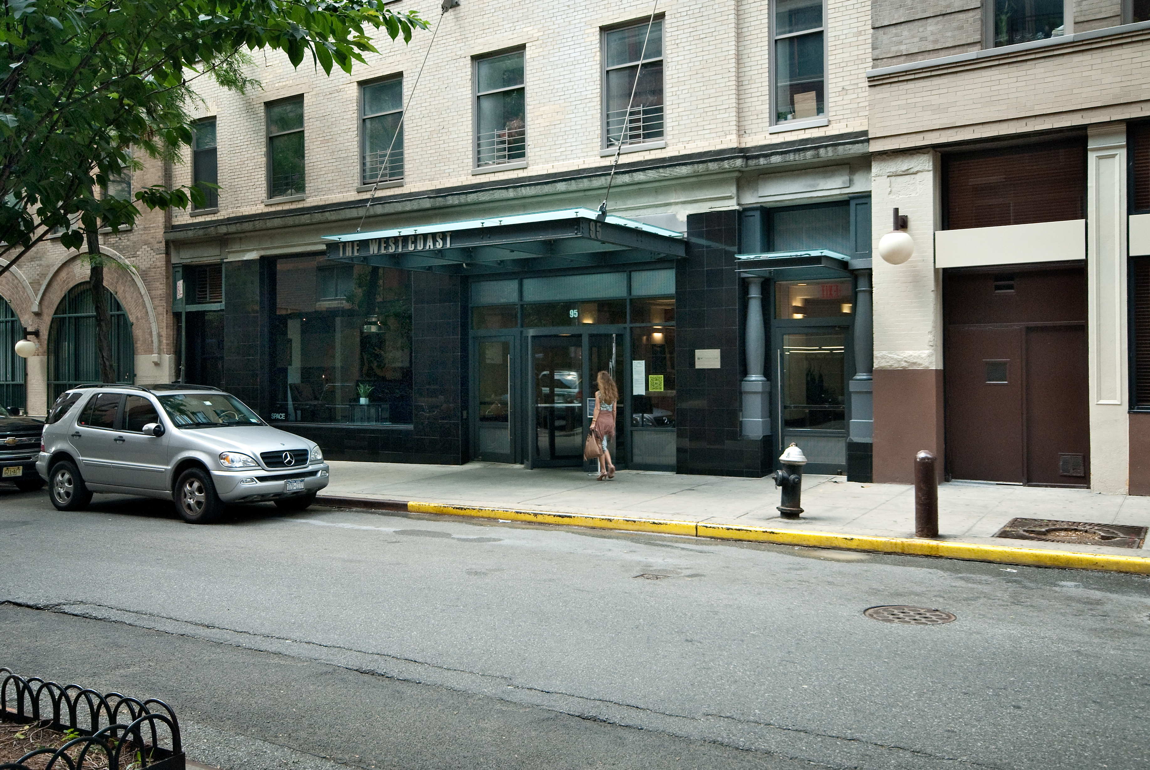 Featured 4 bedroom apartment in nyc 39 s west village at 95 for Manhattan west village apartments